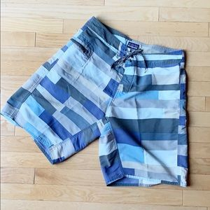 PATAGONIA wayferer board shorts size 32 blue grey